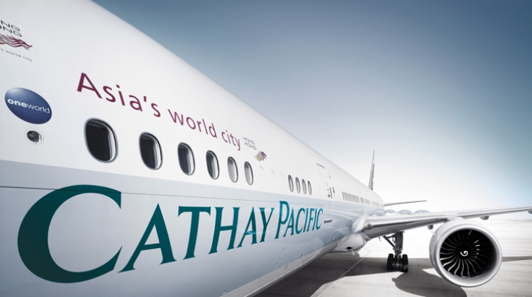 Qatar Airways Invests in Cathay Pacific