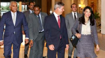 Simon Stamper (front left) welcoming H.E Rania El Mashat (front right)