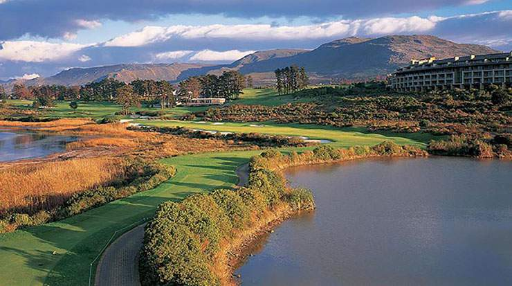 Arabella Golf Club is surrounded by the Kogelberg mountain range