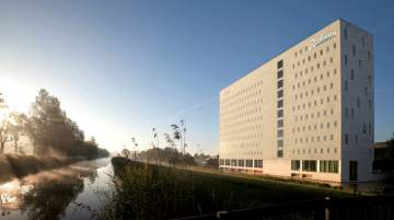 Radisson Hotel & Suites Amsterdam South