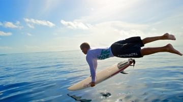 Six Senses Laamu Partners With Tropicsurf