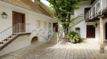 The courtyard played a significant role for Beethoven, as it was where he sought deliverance from hearing difficulties