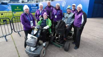 Solheim Cup – team on mobility scooters